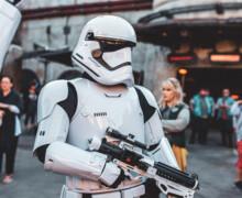 In un garage  giocattoli di Star Wars del valore di 440 mila euro